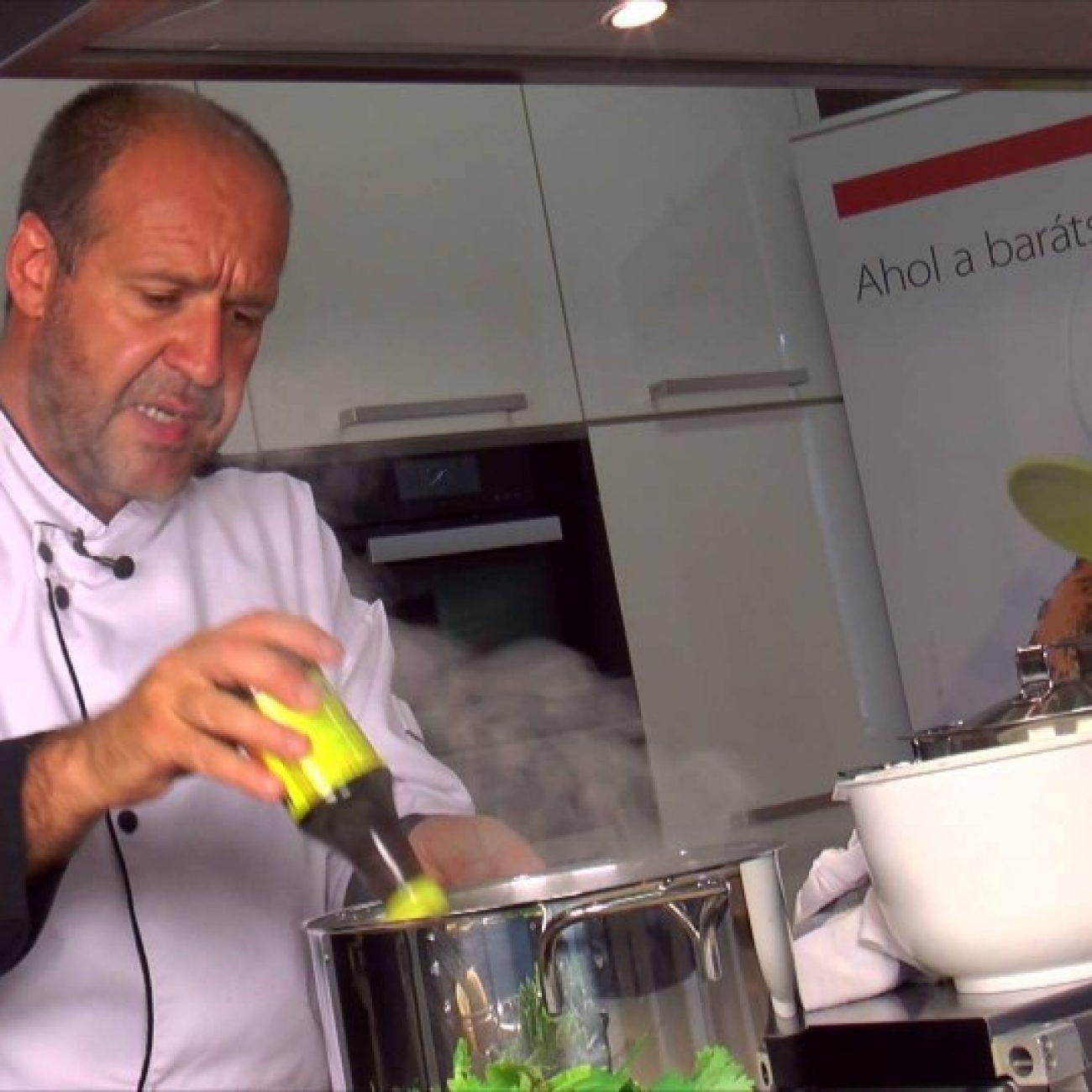 Pho leves, ahogy egy Parfümséf készíti