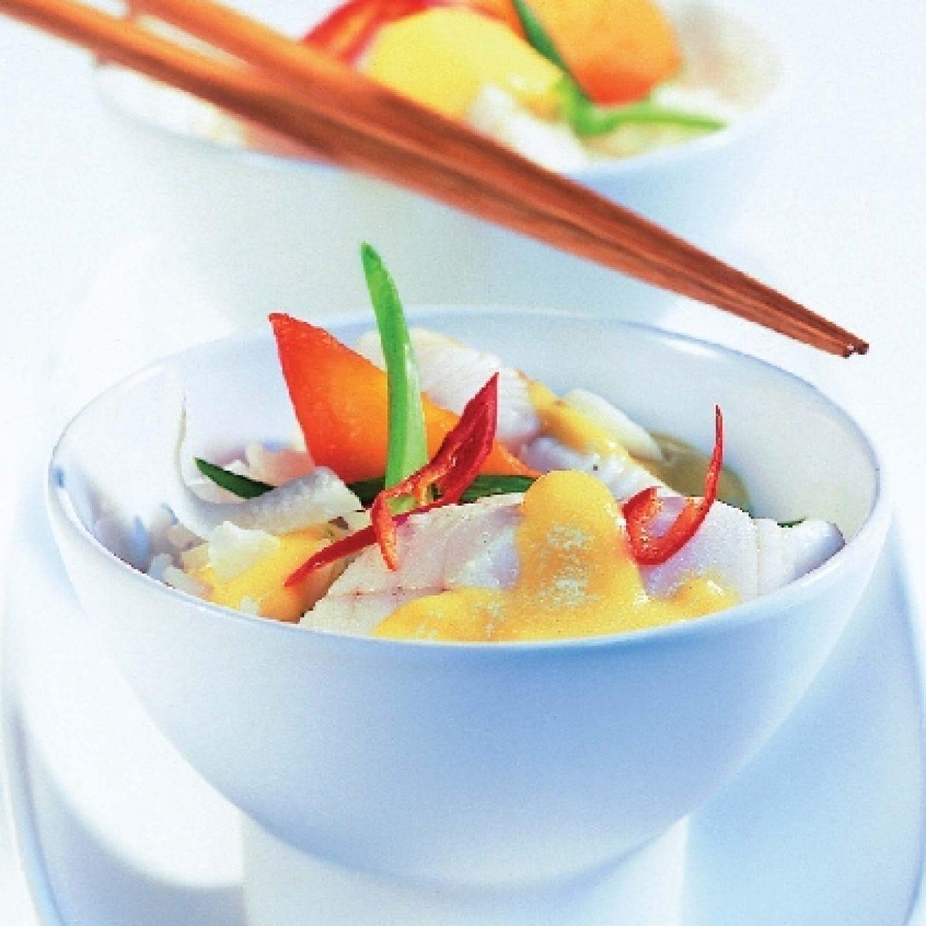Curry-s hal őszibarackkal – Miele gőzpárolóban készült