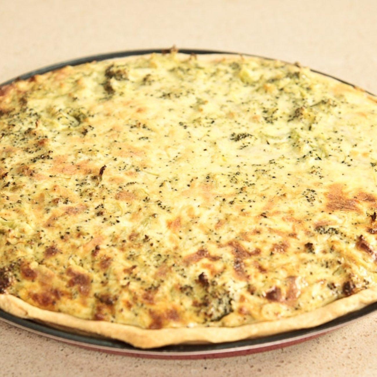 Sajtos brokkolis quiche, lepény (francia pizzaféle)