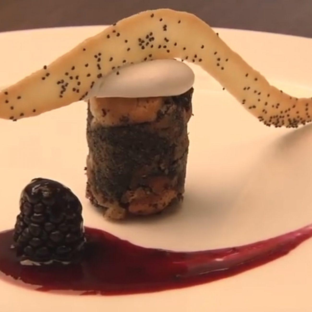 Mákos guba tányérdesszert formában